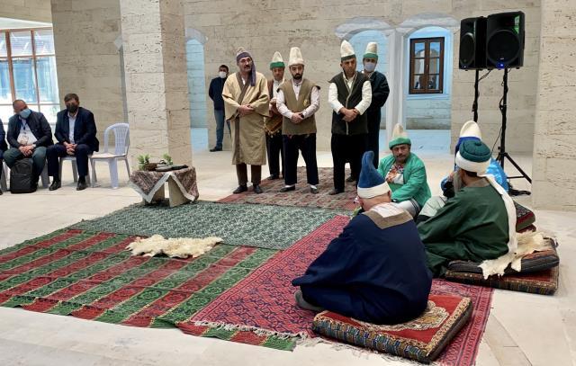 Kosovalı heyet, şed kuşanma törenine katıldı